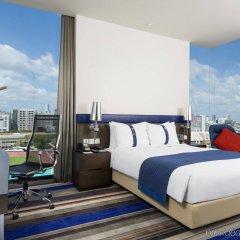 Отель Holiday Inn Express Bangkok Siam Таиланд, Бангкок - 3 отзыва об отеле, цены и фото номеров - забронировать отель Holiday Inn Express Bangkok Siam онлайн балкон