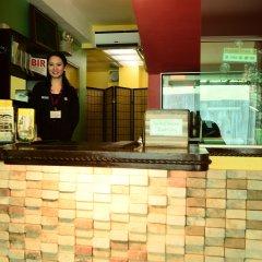 Отель Franchise One Hotel Филиппины, Макати - отзывы, цены и фото номеров - забронировать отель Franchise One Hotel онлайн интерьер отеля