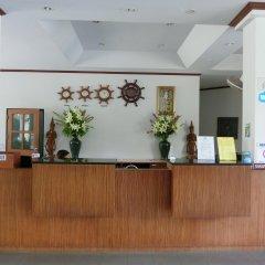 Отель First Bungalow Beach Resort Таиланд, Самуи - 6 отзывов об отеле, цены и фото номеров - забронировать отель First Bungalow Beach Resort онлайн интерьер отеля