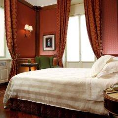 Отель Montebello Splendid Флоренция сейф в номере