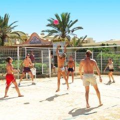 Отель Playasol Cala Tarida Сан-Лоренс де Балафия спортивное сооружение
