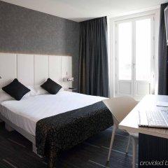 Отель Petit Palace Santa Bárbara Испания, Мадрид - 2 отзыва об отеле, цены и фото номеров - забронировать отель Petit Palace Santa Bárbara онлайн комната для гостей