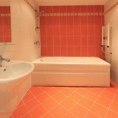 Relax Coop Hotel Велико Тырново ванная