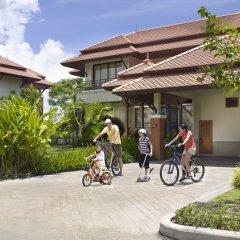Отель Angsana Villas Resort Phuket Таиланд, пляж Банг-Тао - 2 отзыва об отеле, цены и фото номеров - забронировать отель Angsana Villas Resort Phuket онлайн спортивное сооружение