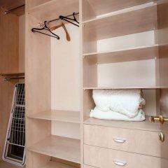Апартаменты Dorogomilovskaya 9 Apartment сейф в номере