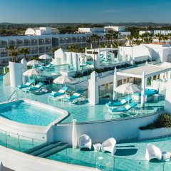 Отель Iberostar Albufera Playa Испания, Плайя-де-Муро - 1 отзыв об отеле, цены и фото номеров - забронировать отель Iberostar Albufera Playa онлайн бассейн