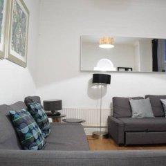 Отель Kensington 1 Bedroom Flat With Terrace Великобритания, Лондон - отзывы, цены и фото номеров - забронировать отель Kensington 1 Bedroom Flat With Terrace онлайн комната для гостей фото 5