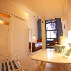Отель Oki Doki Hostel Польша, Варшава - 1 отзыв об отеле, цены и фото номеров - забронировать отель Oki Doki Hostel онлайн комната для гостей фото 3