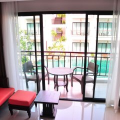 Отель Navatara Phuket Resort балкон