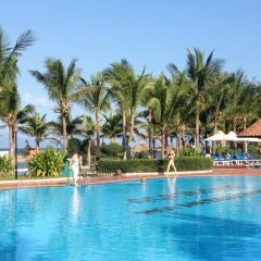 Отель Agribank Hoi An Beach Resort бассейн фото 2