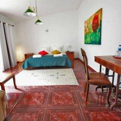 Отель Flow House - Guesthouse Surf Kite Surf School комната для гостей