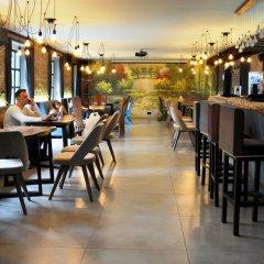 Art Hotel Claude Monet Тбилиси гостиничный бар
