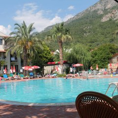 Mavi Belce Hotel Турция, Олюдениз - 1 отзыв об отеле, цены и фото номеров - забронировать отель Mavi Belce Hotel онлайн бассейн