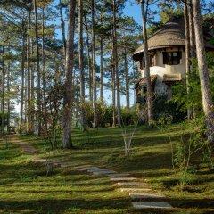 Отель Ana Mandara Villas Далат приотельная территория