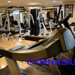 Landmark Summit Hotel фитнесс-зал