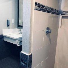 Отель Americas Best Value Inn - Dodger Stadium/Hollywood Лос-Анджелес ванная