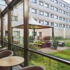 Отель Holiday Inn Helsinki - Vantaa Airport Финляндия, Вантаа - 9 отзывов об отеле, цены и фото номеров - забронировать отель Holiday Inn Helsinki - Vantaa Airport онлайн балкон