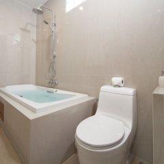 Отель Patong Hill Estate 8 Патонг ванная