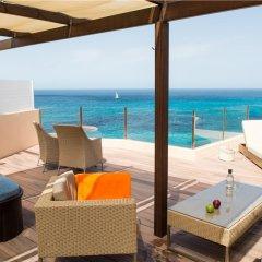 Отель VIVA Cala Mesquida Resort & Spa бассейн фото 2
