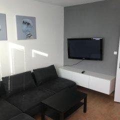 Отель Queens 7 Apartments Чехия, Прага - отзывы, цены и фото номеров - забронировать отель Queens 7 Apartments онлайн комната для гостей
