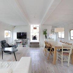 Отель Copenhagen Houseboat комната для гостей фото 2