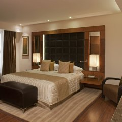 Отель Radisson Blu Plaza Delhi Airport комната для гостей фото 4