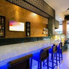 Отель The House Patong гостиничный бар