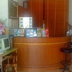 Отель Thaksin Grand Home интерьер отеля