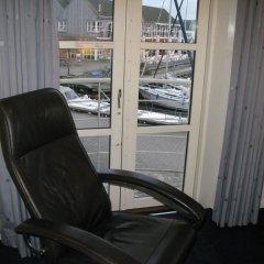 Отель BB-Hotel Aarhus Havnehotellet Дания, Орхус - отзывы, цены и фото номеров - забронировать отель BB-Hotel Aarhus Havnehotellet онлайн балкон