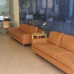 Отель Aura Park Aparthotel Оспиталет-де-Льобрегат фото 2