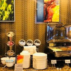 Отель Best Western Plus Rama Inn & Suites питание