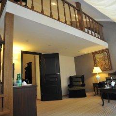 Гостиница Reikartz Medievale Львов комната для гостей фото 4