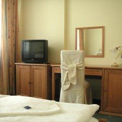 Отель Claris удобства в номере