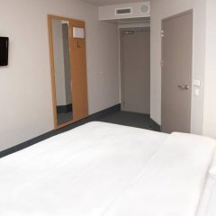 Отель B&B Wrocław Centrum Польша, Вроцлав - 1 отзыв об отеле, цены и фото номеров - забронировать отель B&B Wrocław Centrum онлайн
