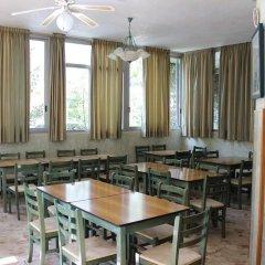 Отель Taormina B&B Римини питание