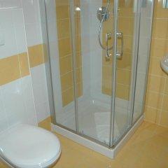 Отель Fiera Италия, Больцано - отзывы, цены и фото номеров - забронировать отель Fiera онлайн ванная