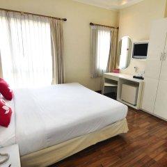 Отель Zen Rooms Ratchadaphisek Soi Sukruamkan Бангкок комната для гостей фото 5