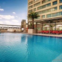Отель Swissotel Living Al Ghurair Dubai бассейн