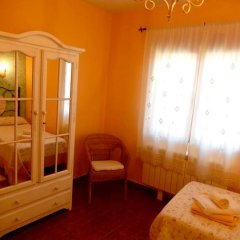 Отель House With 8 Bedrooms in Cenicientos, With Wonderful Mountain View and Furnished Terrace Эль-Баррако сауна