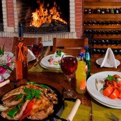 Отель Panorama Resort Болгария, Банско - отзывы, цены и фото номеров - забронировать отель Panorama Resort онлайн питание фото 2