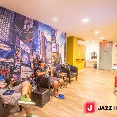 Jazz on Columbus Circle Hostel детские мероприятия