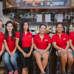 Отель Magnific Guesthouse Patong гостиничный бар
