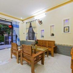 Отель Bougain Villeas Homestay интерьер отеля