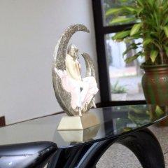Отель Angels Heights Hotel Гана, Тема - отзывы, цены и фото номеров - забронировать отель Angels Heights Hotel онлайн интерьер отеля фото 3