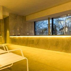 Отель Vp Plaza Espana Design Мадрид бассейн