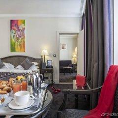 Отель Royal Saint Honore в номере