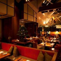Отель Andaz Tokyo Toranomon Hills - a concept by Hyatt Япония, Токио - 1 отзыв об отеле, цены и фото номеров - забронировать отель Andaz Tokyo Toranomon Hills - a concept by Hyatt онлайн гостиничный бар