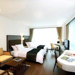 Отель Adelphi Suites Bangkok спа фото 2