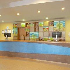 Отель Iberostar Playa Gaviotas Park - All Inclusive Испания, Джандия-Бич - отзывы, цены и фото номеров - забронировать отель Iberostar Playa Gaviotas Park - All Inclusive онлайн интерьер отеля