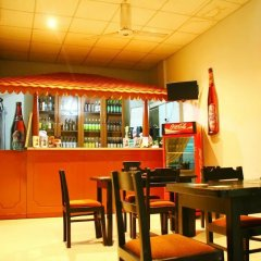 Отель New Wadduwa Beach Resort гостиничный бар